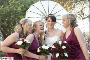 Cambridge Wedding Photography, Bride & Bridesmaids